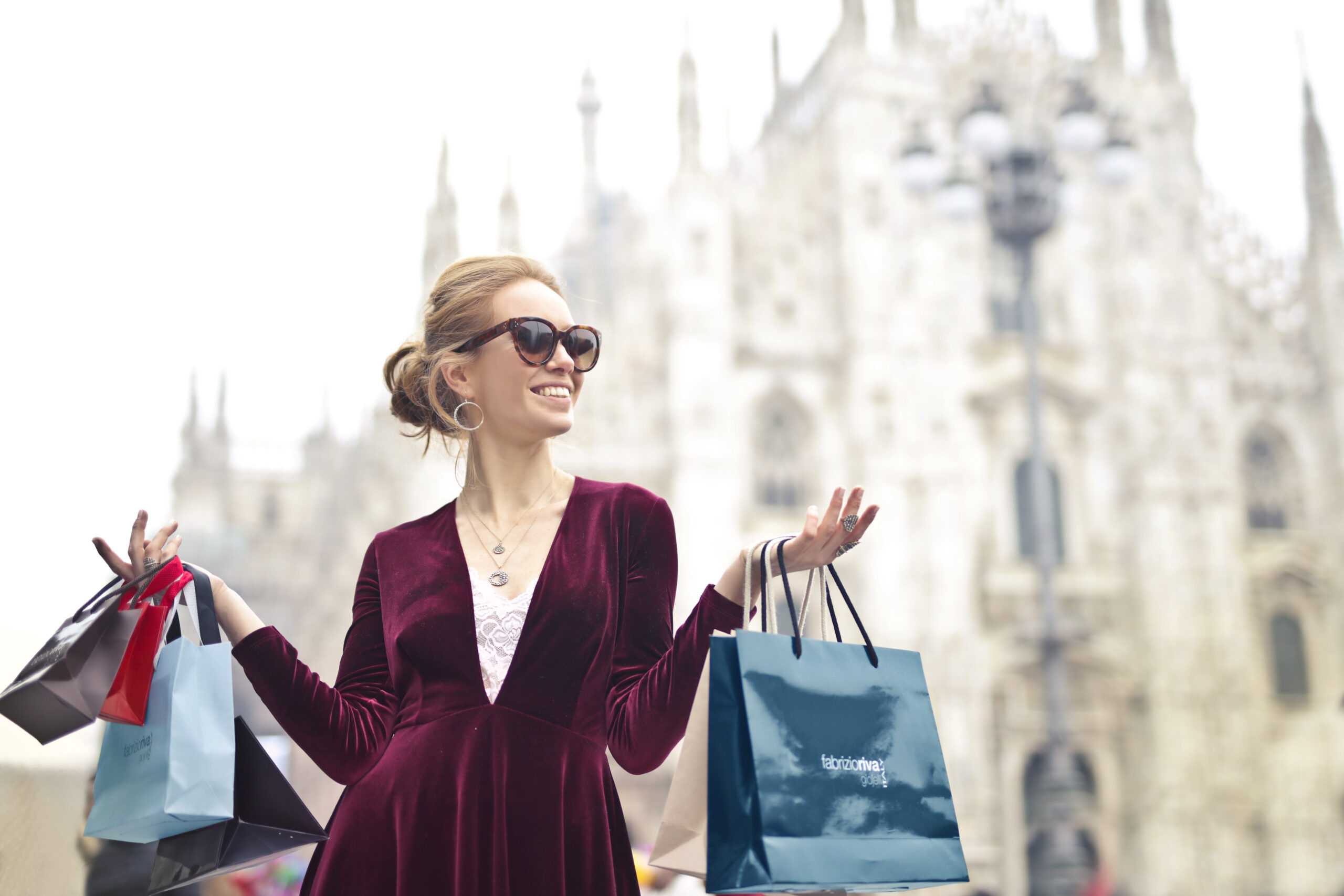 07 Psychological Tips to Spend Less Money While Shopping